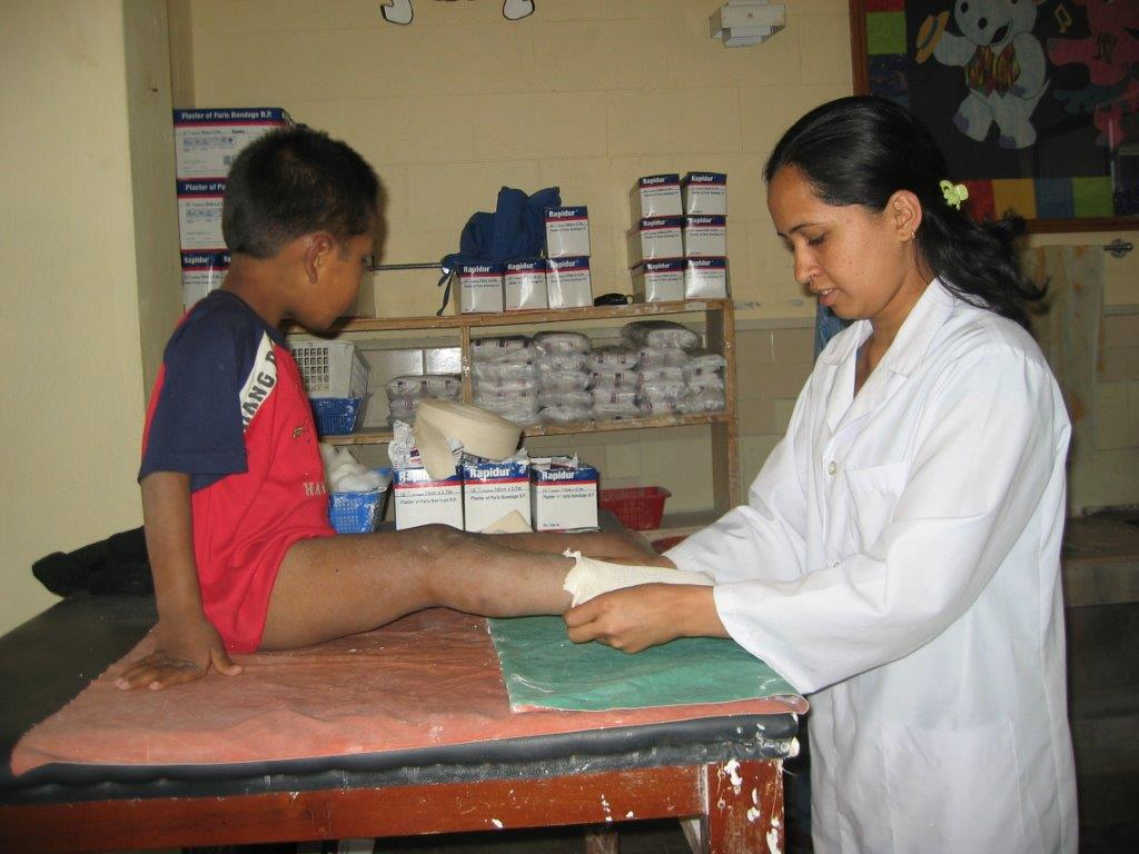 2010-visit-to-project-areas-469